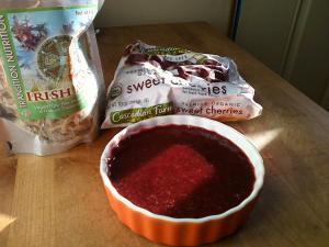 Raw vegan cherry jello